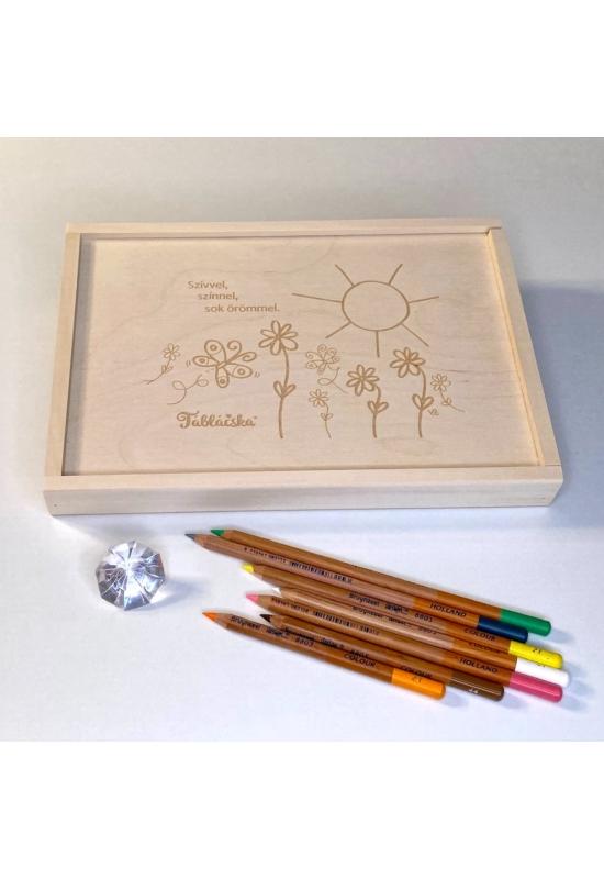 Gravírozott fa díszdoboz virágos-napos grafikával Maxi Táblácskához