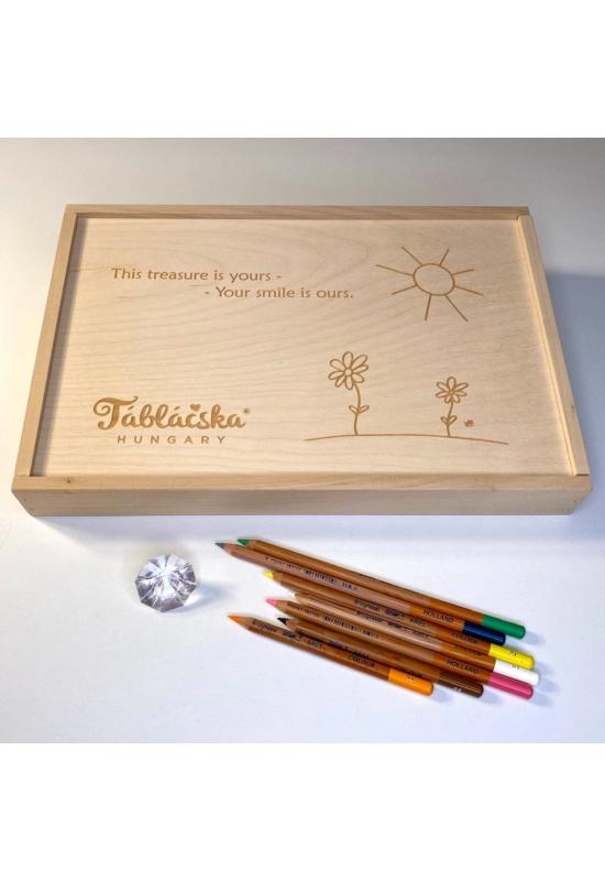 Gravírozott fa díszdoboz ANGOL FELIRATTAL virágos-napos grafikával Mega Táblácskához